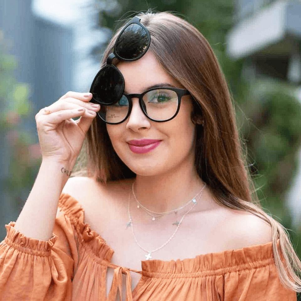 62f7c70cb Clipon Feminino Redondo ID6224F | Ótica Isabela Dias